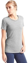 Gap GapFit Breathe tee