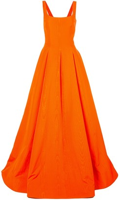 Oscar de la Renta Pleated Details Flared Gown