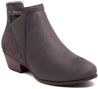 Refresh Women's Casual boots CHARCOAL - Charcoal Cutout Rider Bootie - Women