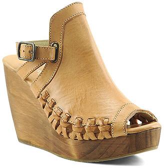 Volatile Women's Sandals tan - Tan Sanfran Leather Wedge Sandal - Women