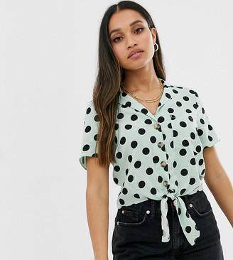 Miss Selfridge Petite tie front shirt in spot print-Green