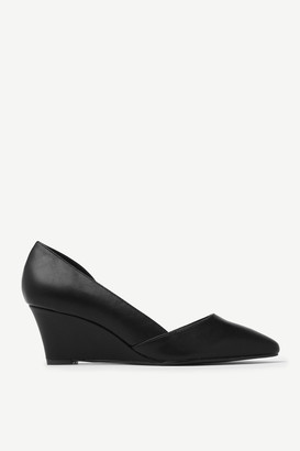 Ardene Faux Leather Wedge Pumps