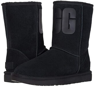 UGG Classic Short Rubber Logo (Chestnut) Women's Cold Weather Boots