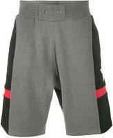 Givenchy star print bermuda shorts - men - Cotton - XS