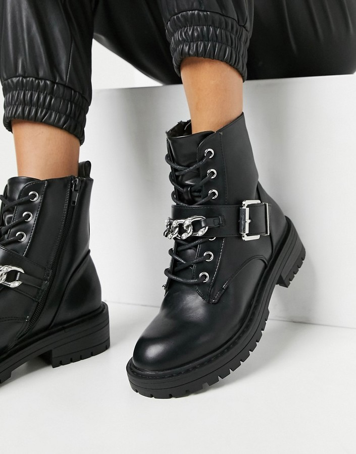 New Look chain detail lace up biker boot in black
