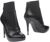 GUESS Ankle boots - Item 11220989