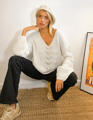 Vila cable knit jumper with v neck in white
