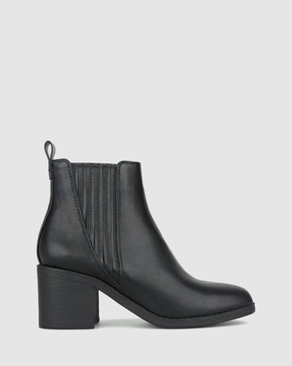 betts Essence 2 Block Heel Ankle Boots