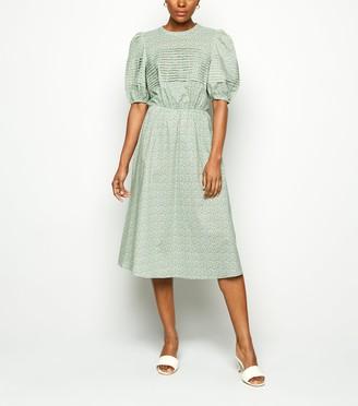 New Look NA-KD Floral Puff Sleeve Midi Dress