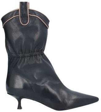 O'DAN LI Ankle boots