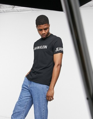Calvin Klein Jeans traveling logo t-shirt in black