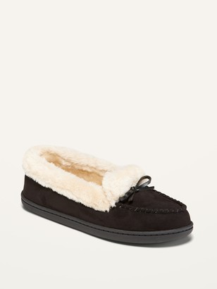 Old Navy Water-Repellent Faux-Fur-Lined Moccasin Slippers for Women