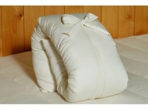 Holy Lamb Organics Natural Wool Bed Bumper Encased in Organic Cotton Sateen Bedding