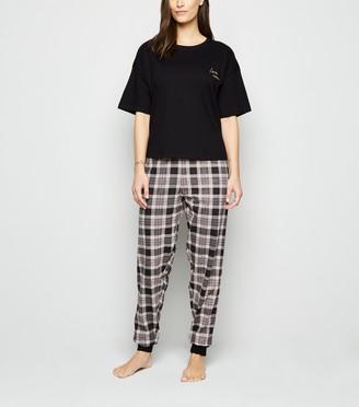 New Look Tall Check Love Slogan Pyjama Set