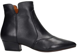 Chie Mihara Rocel Low Heels Ankle Boots In Black Leather