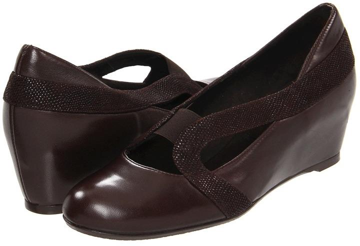 Stuart Weitzman Comeback (Black Nappa) - Footwear