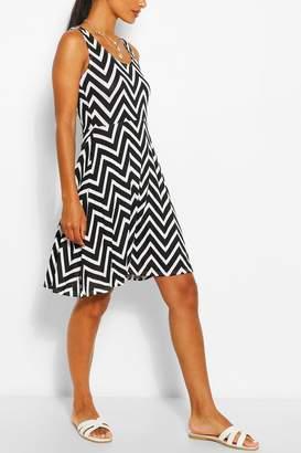 boohoo Zigzag Skater Mini Dress