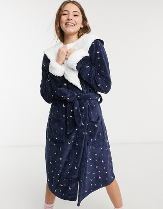 Chelsea Peers soft dressing gown with foil stars in black
