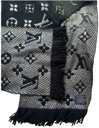 Louis Vuitton Logomania Silver Wool Scarves