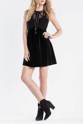 Miss Me Elegant Velvet Dress