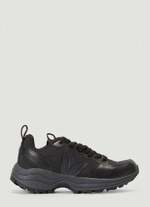 Veja Venturi Low-Top Sneakers