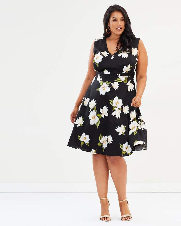Studio 8 Yasmina Dress