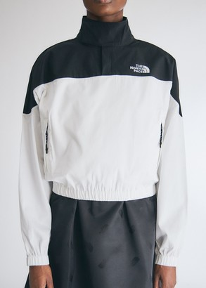 The North Face Black Women's Sateen Funnel Top in White/Black, Size Medium | 100% Cotton