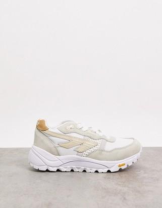 Hi-Tec BW Infinity chunky sneakers in off white