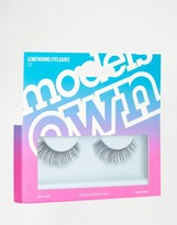 Models Own Lengthening Eyelashes