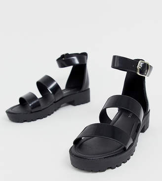 New Look chunky strappy sandal in black