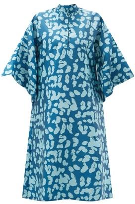 La Vie Style House - No. 528 Floral-jacquard Kaftan - Blue Multi