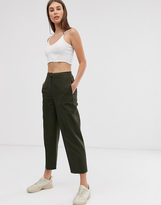Asos Design DESIGN casual trouser with straight leg and raw hem-Green