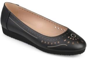 Journee Collection Women's Comfort Cindra Flat Women's Shoes