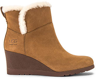 UGG Devorah Boot