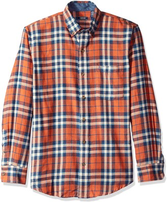 Izod Men's Stratton Long Sleeve Button Down Plaid Flannel Shirt