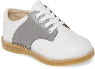 FootMates Cheer Saddle Shoe