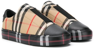 BURBERRY KIDS Archive Check Sneakers