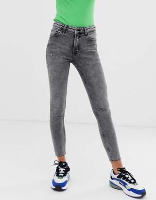 Bershka skinny jean in acid wash-Black