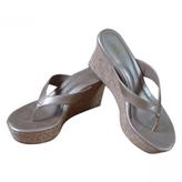UGG Leather Flip-Flops