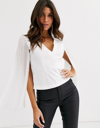 Asos Design DESIGN long pleated sleeve top with v neck-White