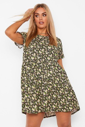 boohoo Plus Ditsy Floral Tiered Ruffle Smock Dress