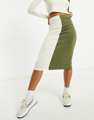 UNIQUE21 knitted two tone midi skirt in ecru and khaki