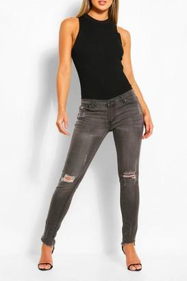 boohoo Low Rise Distressed Stretch Skinny Jean