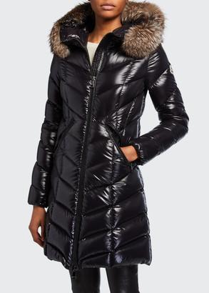 Moncler Fulmarus Fur-Trim Hood Chevron Puffer Coat