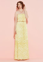 Enchanting Commencement Maxi Dress in Daffodil in 0