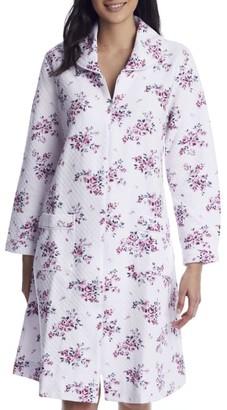 Eileen West Plumberry Floral Quilt Waltz Zip Robe