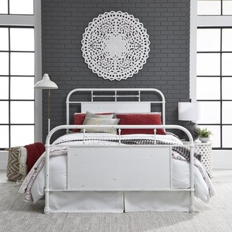 Laurel Foundry Modern Farmhouse Nigel Standard Bed Size: Full, Color: White