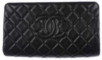 Chanel Jumbo CC Clutch