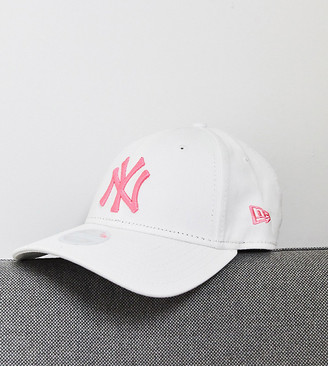 New Era Exclusive 9Forty white cap with pink neon NY