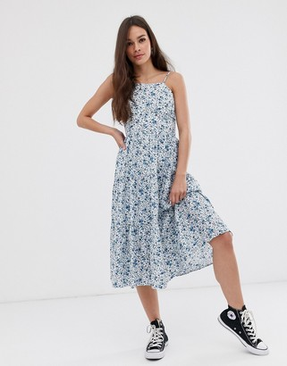 Daisy Street tiered midi dress in ditsy floral